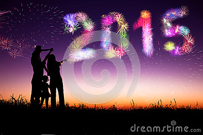 Especial de Navidad. - Página 2 Happy-new-year-family-watching-fireworks-celebrate-standing-hill-45052926