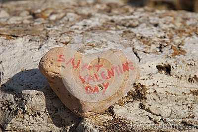 Happy saint valentine s day on a stone heart