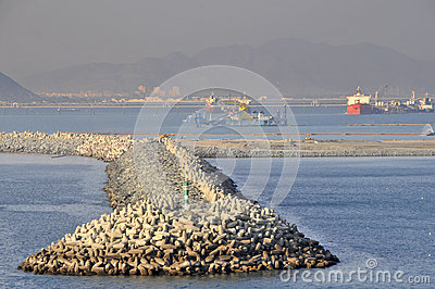 Harbour sea defences