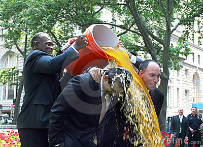 Harry Carson gives Gatorade shower Editorial Stock Image