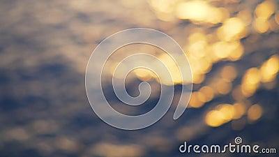 Havet vinkar och skvalpar kulör och djupblå havsbakgrund materiel Havet vinkar på solnedgången blurriness arkivfilmer