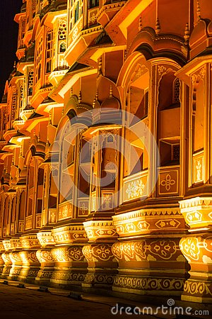 Free Hawa Mahal At Night Stock Images - 131299524
