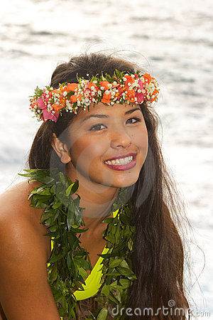 Free Hawaiian Girl With Flowers On Lava Royalty Free Stock Photos - 8333278