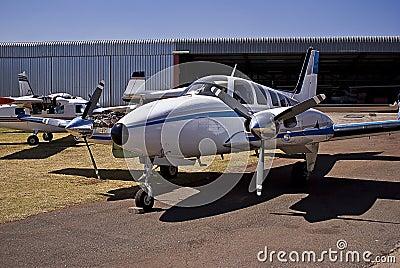 Hawker Beechcraft Baron 58