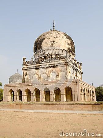 Hayath Bakshi Begum Tomb, Hyderabad