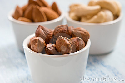 Hazelnut, almonds and acajou