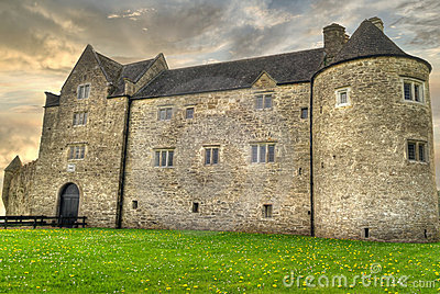 HDR of Parkes Castle