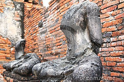 Headless and armless Buddha images