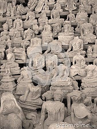 Free Headless Buddhas, Laos Stock Images - 7233614