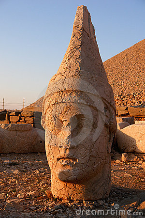Heads of the colossal statues on Mount Nemrut