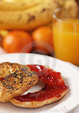 Healthy bagel and strawberry jam
