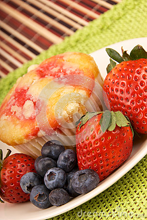 Healthy Desert Muffin and Fruit