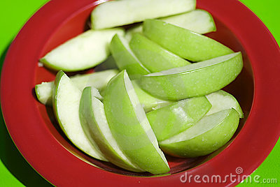 Healthy green apple slices