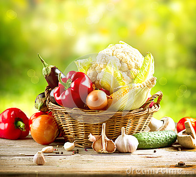 Free Healthy Organic Vegetables Royalty Free Stock Image - 26733956