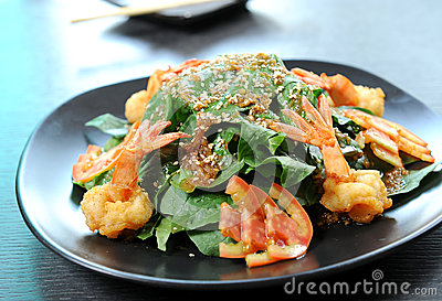 Healthy Salad with Shrimps