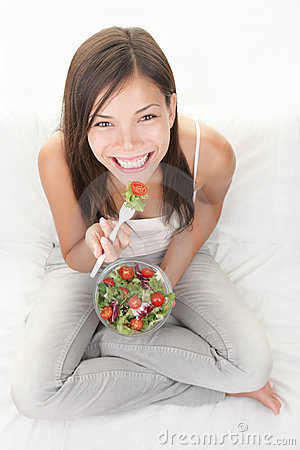 Free Healthy Woman Eating Salad Royalty Free Stock Photos - 15662318