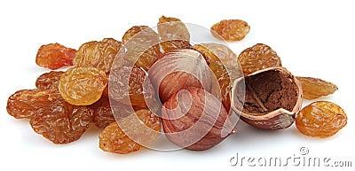 Heap of raisin and filbert