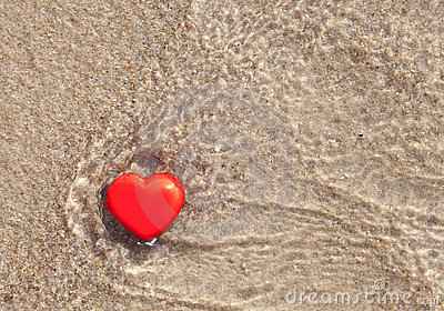 Heart in the sea
