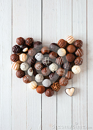Free Heart Shape Made With Various Chocolate Truffles Royalty Free Stock Photos - 31644458