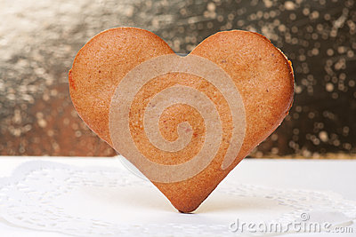 Heart-shaped gingerbread