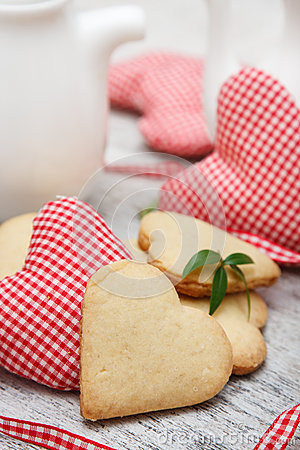 Free Heart Shaped Sugar Cookies Royalty Free Stock Photography - 28654507