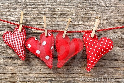 Hearts and clothespins on line