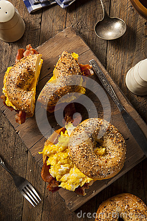 Free Hearty Breakfast Sandwich On A Bagel Stock Photos - 49276573