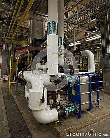 Heat exchanger on 2.5 megawatt generator