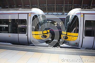 Heathrow Express Trains Detail