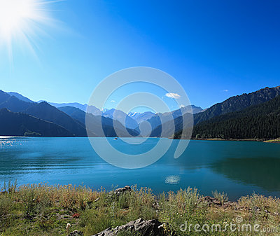 Heavenly lake under the sun