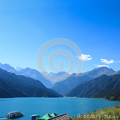 Free Heavenly Lake With Sightseeing Cruises Royalty Free Stock Image - 26269976