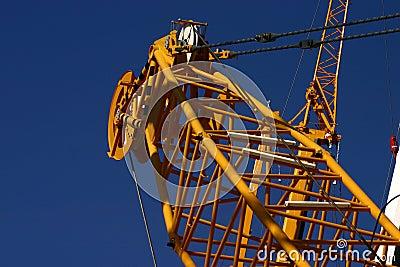 Heavy crane