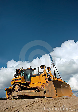 Free Heavy Duty Bulldozer At Work Royalty Free Stock Photography - 1244497