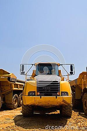Heavy duty construction truck