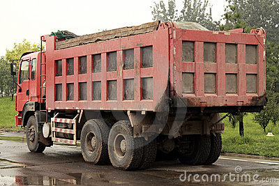 Heavy-duty truck