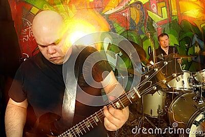 Heavy rock band 3