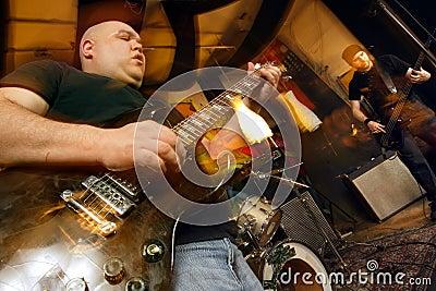 Heavy rock band