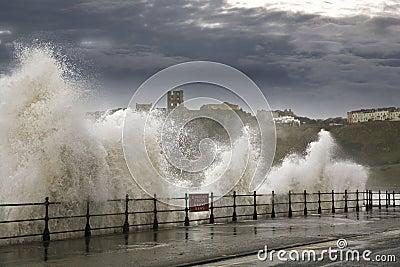 Heavy seas waves