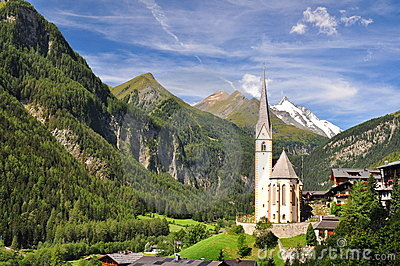 Heiligenblut church in front of Grossglockner peak