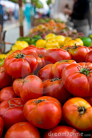 Free Heirloom Tomatoes At Farmer S Stock Image - 3222101