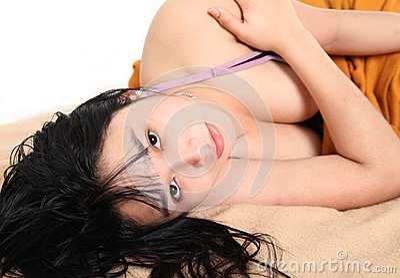 Hembra joven atractiva asiática