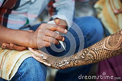 Henna hand decoration tatoo