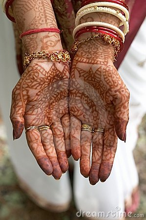 Free Henna On Hands Of Bride From India Royalty Free Stock Image - 4234206