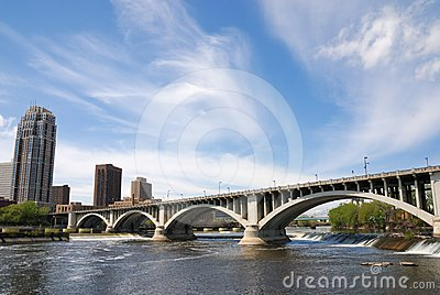Hennepin Ave. Bridge, Minneapolis, Minnesota