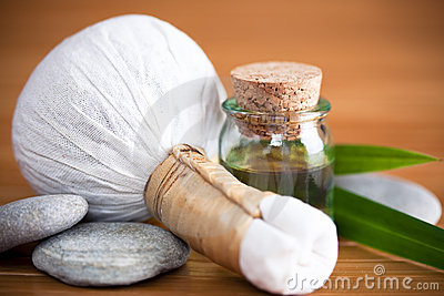 Herbal massage compress