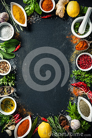 Free Herbs And Spices Over Black Stone Background Royalty Free Stock Photography - 72409687