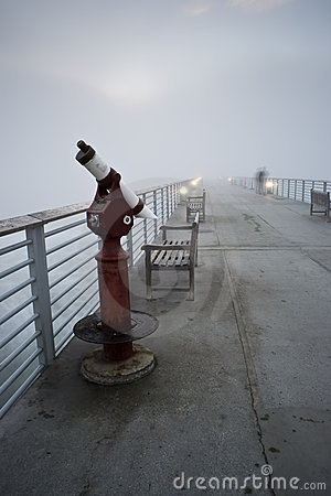 Free Hermosa Beach Pier Foggy Sunset Royalty Free Stock Images - 17287479