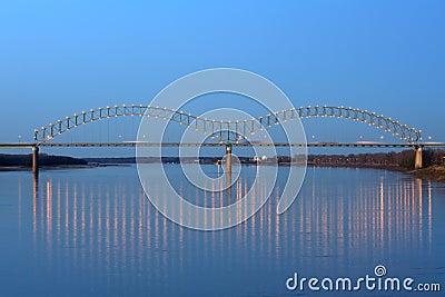 Hernando desoto моста