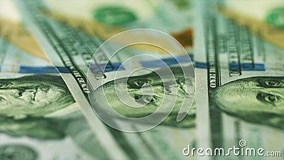 Het Amerikaanse geld in benamingen van 100 dollars sluit omhoog stock video