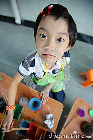 Het chinese kinderen schilderen stock afbeeldingen afbeelding 6695794 - Schilderen kind jongen ...